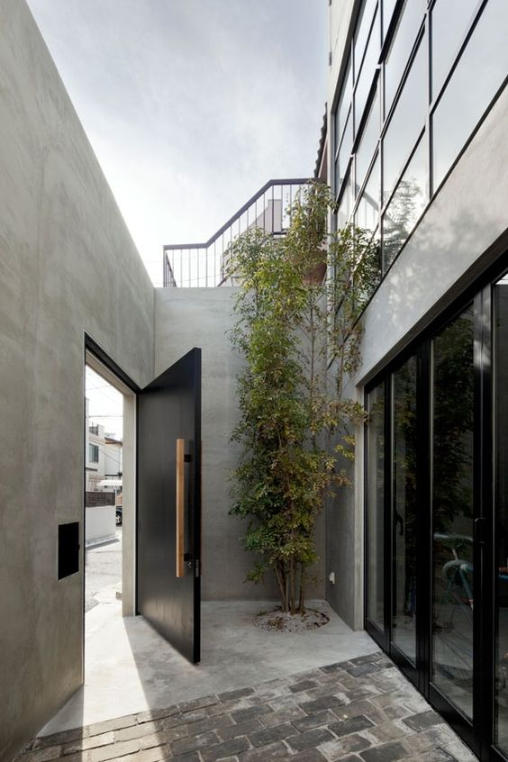 Door-designs-40-modern-doors-perfect-for-every-home-featured-on-architecture-beast-13