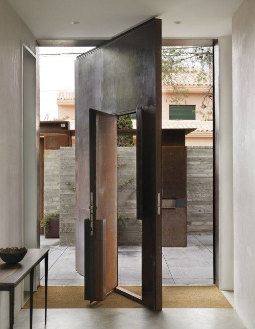 Door-designs-40-modern-doors-perfect-for-every-home-featured-on-architecture-beast-19