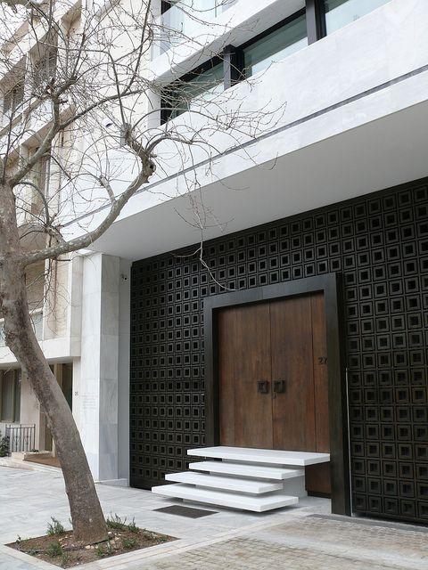 Door-designs-40-modern-doors-perfect-for-every-home-featured-on-architecture-beast-3